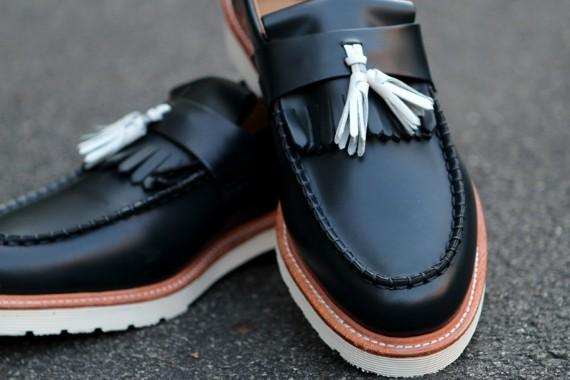Марка Dr. Martens выпустила весеннюю коллекцию обуви. Изображение № 6.