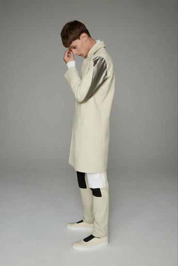Марка Opening Ceremony выпустила лукбук весенней коллекции одежды. Изображение № 15.