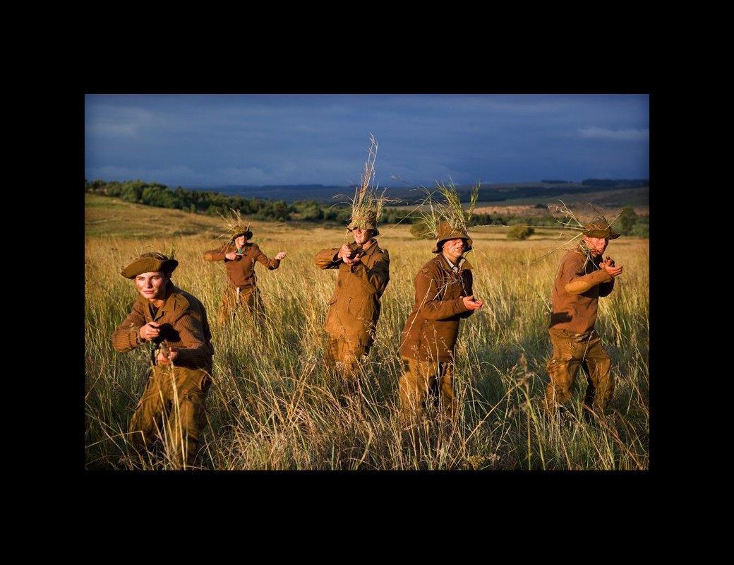 Как подростков ЮАР обучают межрасовой войне в националистических лагерях . Изображение № 8.