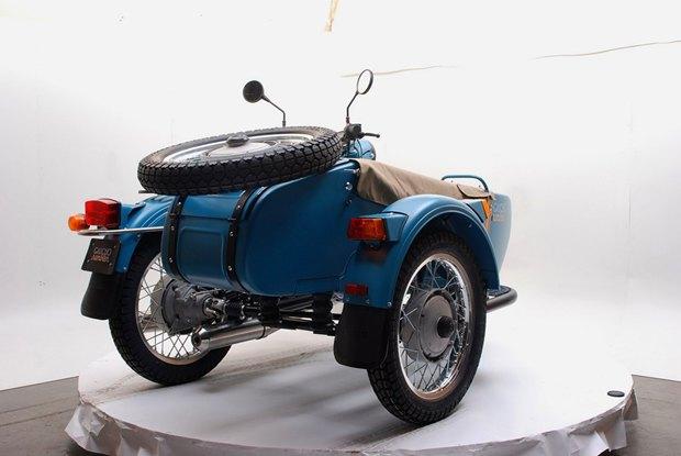 Российская марка «Урал» и бренд Pendleton собрали совместную модель мотоцикла. Изображение № 10.