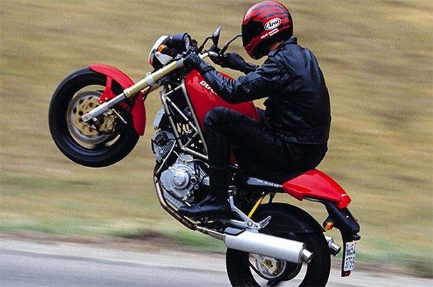 Современная классика: Гид по Ducati Monster как одному из лучших дорожных мотоциклов. Изображение № 8.