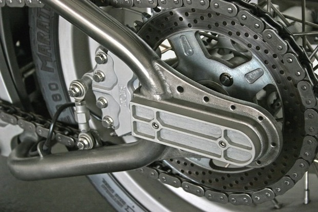 Киану Ривз основал компанию по производству кастомных мотоциклов на базе Harley-Davidson. Изображение № 15.