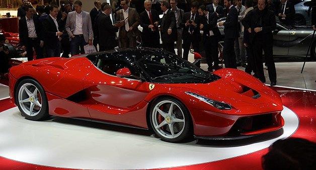 Победителю сезона «Формулы-1» пообещали уникальную гибридную модель LaFerrari. Изображение № 4.