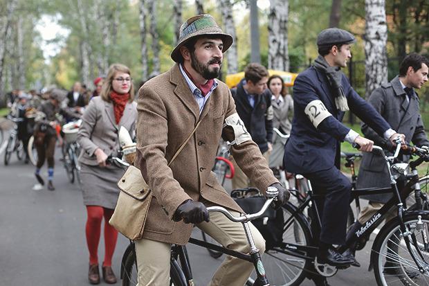Детали: Репортаж с велозаезда Tweed Ride Moscow. Изображение № 1.