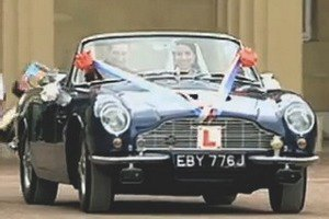 Aston Martin представил юбилейный спидстер CC100. Изображение № 23.