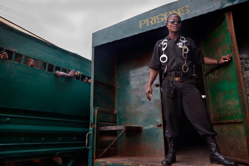 Как подростки Сьерра-Леоне годами живут в тюрьме в ожидании суда по их делу. Изображение № 7.