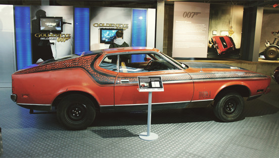 Репортаж с выставки машин Джеймса Бонда. Изображение № 20.