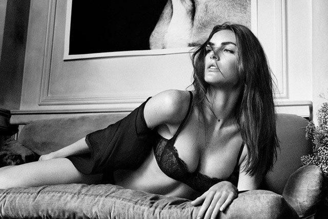 Американская модель Хилари Рода снялась в рекламе нижнего белья. Изображение № 4.