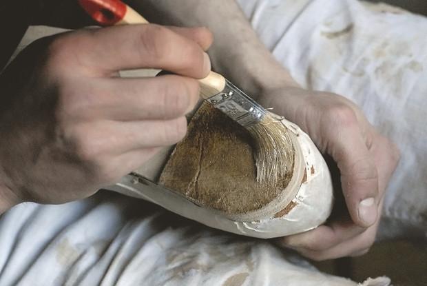 Обувь своими руками: Как сделать ботинки мечты в домашних условиях. Изображение № 40.