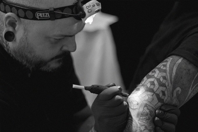 Иглоукалывание: 4 ручных метода нанесения татуировок. Изображение № 4.