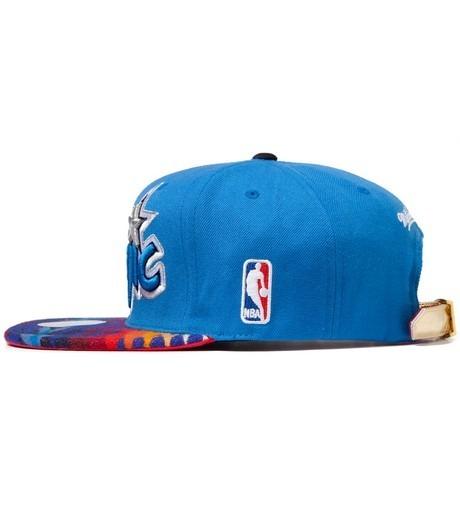 Genesis Project совместно с Pendleton выпустили вторую коллекцию кепок с символикой команд НБА. Изображение №12.
