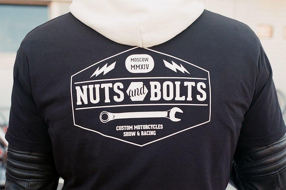 Фоторепортаж с гонки кастомных мотоциклов Nuts & Bolts. Изображение № 26.