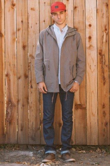 Марка Obey опубликовала лукбук весенней коллекции одежды. Изображение № 13.