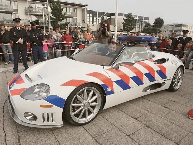 Полицейский беспредел: Самые навороченные авто на службе полиции разных стран. Изображение № 32.