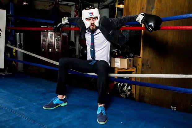 Марка Cole Haan и сайт Grungy Gentleman выпустили лукбук совместной коллекции одежды. Изображение №5.