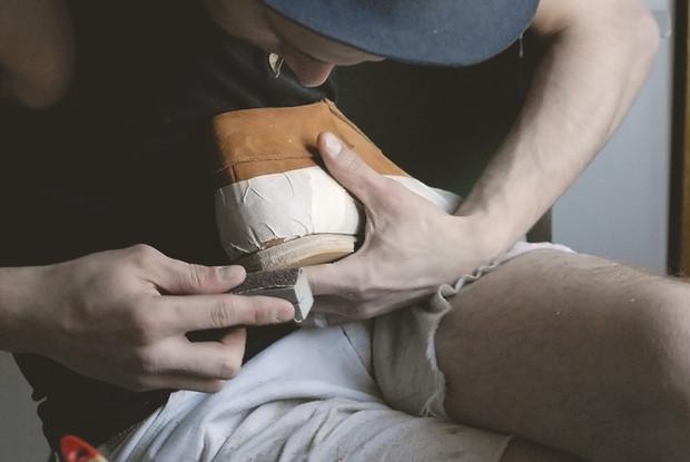 Обувь своими руками: Как сделать ботинки мечты в домашних условиях. Изображение № 43.