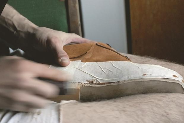 Обувь своими руками: Как сделать ботинки мечты в домашних условиях. Изображение № 44.