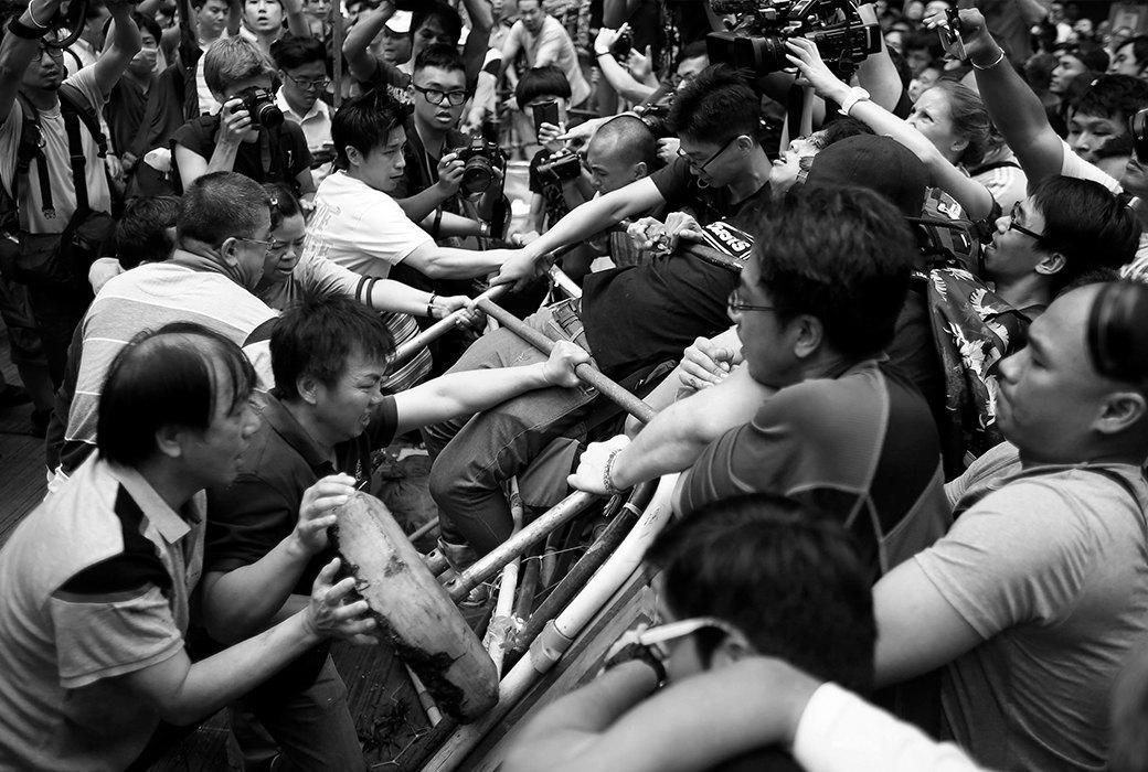 Масса ответственности: Как управлять толпой? . Изображение № 4.