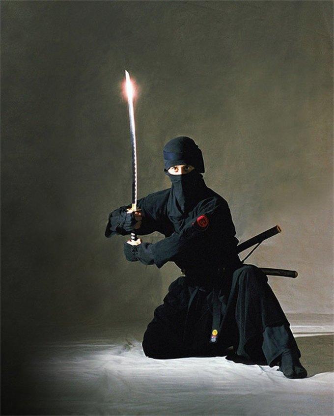 Омские ниндзя призвали Порошенко прекратить «бесчинство». Изображение № 1.