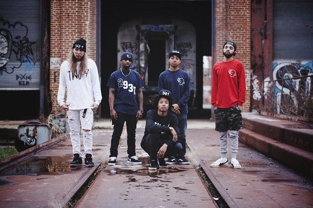 Хип-хоп-группа Two9 выпустила коллекцию одежды в честь юбилея дебюта Wu-Tang Clan. Изображение № 1.