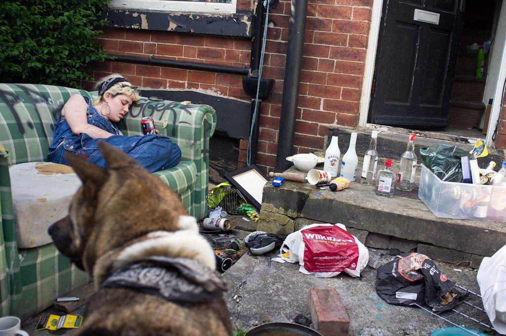 Как британские подростки создают панк-сообщества в заброшенных домах. Изображение № 13.
