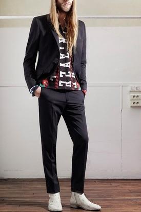 Марки H&M и Maison Martin Margiela представили совместную коллекцию одежды. Изображение № 45.