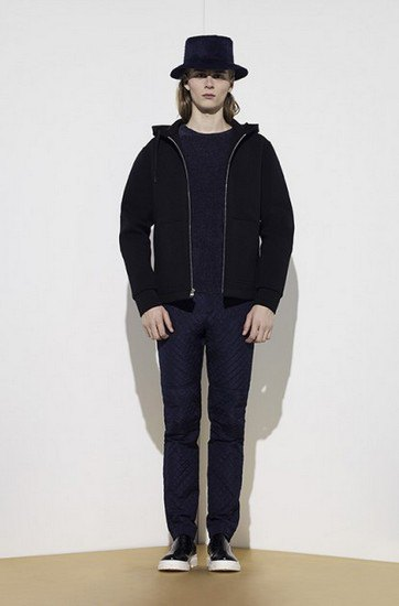 Марка Opening Ceremony опубликовала лукбук осенней коллекции одежды. Изображение № 10.