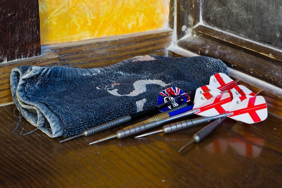 Фоторепортаж: Как устроены фанатские пабы Лондона. Изображение № 59.