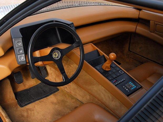 Уникальный седан Ferrari Pinin уйдёт с молотка. Изображение № 9.