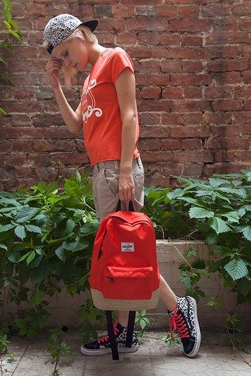 Российско-американская марка Ziq & Yoni выпустила лукбук летней коллекции одежды. Изображение № 14.