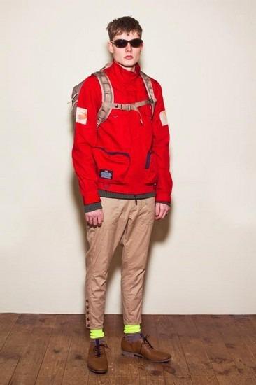 Марка Undercover опубликовала лукбук весенней коллекции одежды. Изображение № 14.