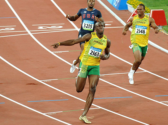 Чемпион Олимпийских игр 2008 года в беге на 100 метров Усейн Болт. Изображение №60.