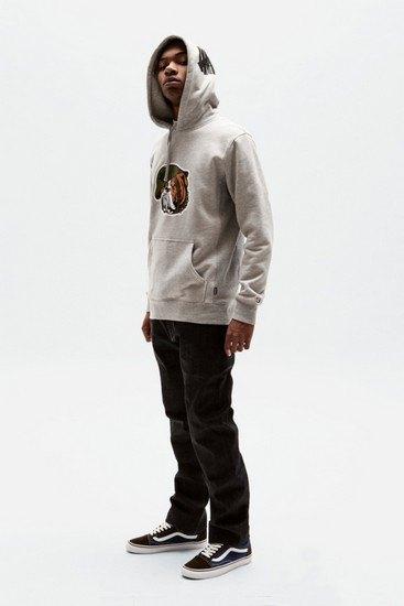 Марка Undefeated опубликовала лукбук весенней коллекции одежды. Изображение № 9.