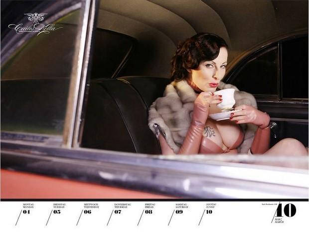 10 эротических календарей на 2013 год. Изображение № 72.