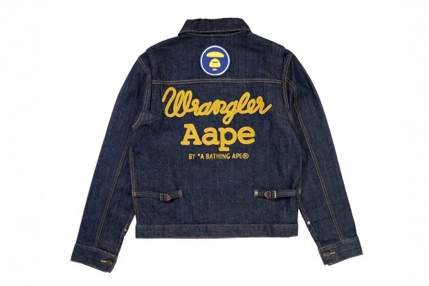 A Bathing Ape представила совместную коллекцию своей линейки Aape и джинсовой марки Wrangler . Изображение № 2.