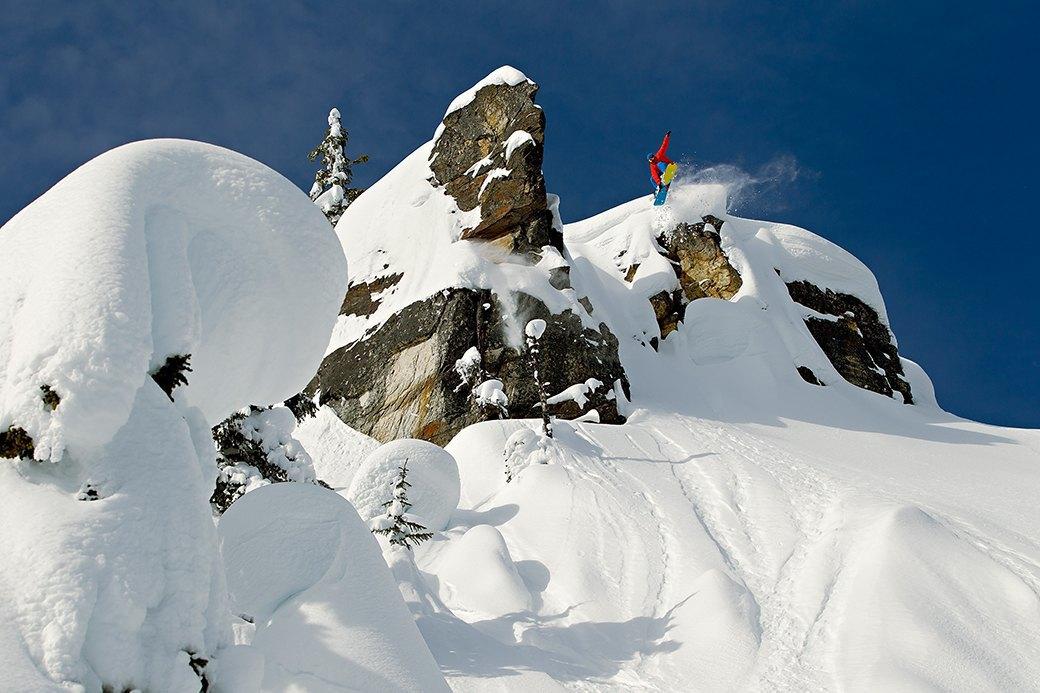 Фотопроект: 10 лет катания по самым экстремальным горам планеты . Изображение № 19.
