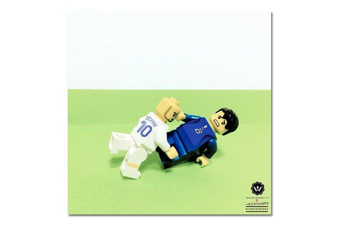 Малайзиец воссоздал исторические моменты футбольных чемпионатов из LEGO. Изображение № 1.