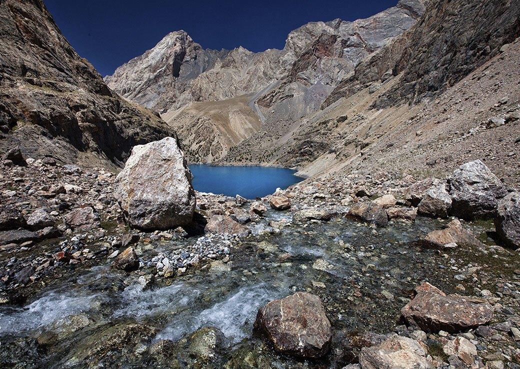 Встреча с личным богом: Фоторепортаж из похода в горы Таджикистана. Изображение № 1.