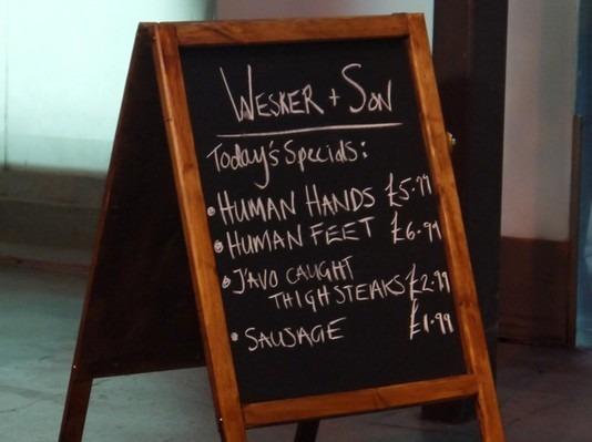 В Лондоне открылся магазин, торгующий «человеческим» мясом. Изображение № 9.