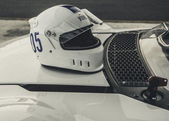 Мексиканская компания VŪHL представила новый спидстер. Изображение № 10.