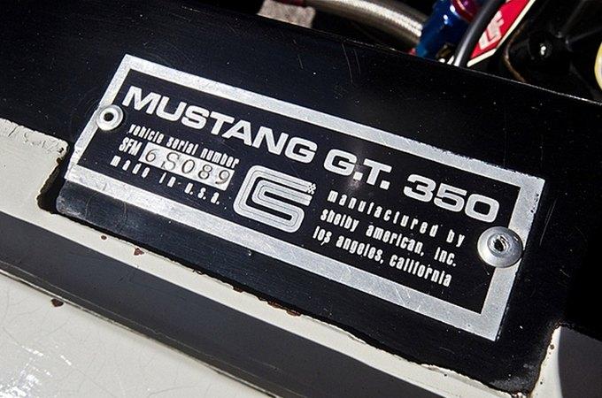Маслкар Shelby GT350 автогонщика Стирлинга Мосса выставлен на аукцион. Изображение № 8.
