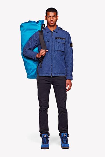 Stone Island выпустили лукбук осенней коллекции одежды. Изображение № 20.