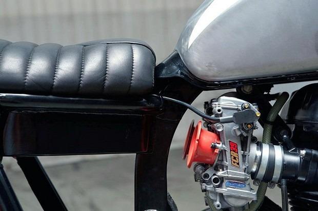 Испанская мастерская Kiddo Motors представила кастом модели Triumph Thruxton. Изображение № 5.
