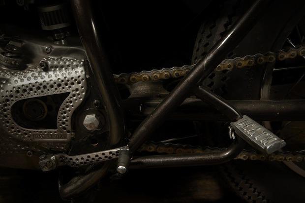 Испанская мастерская El Solitario изготовила мотоцикл Winning Loser. Изображение № 14.