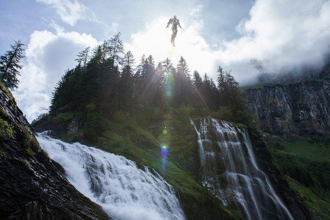 Одиночество — скука: Одинокие супергерои во французских Альпах. Изображение № 9.