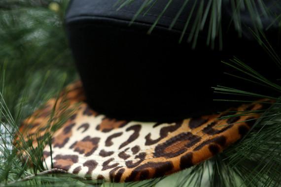 Дизайнер Ронни Фиг совместно с маркой Quintin выпустил линейку кепок. Изображение № 2.