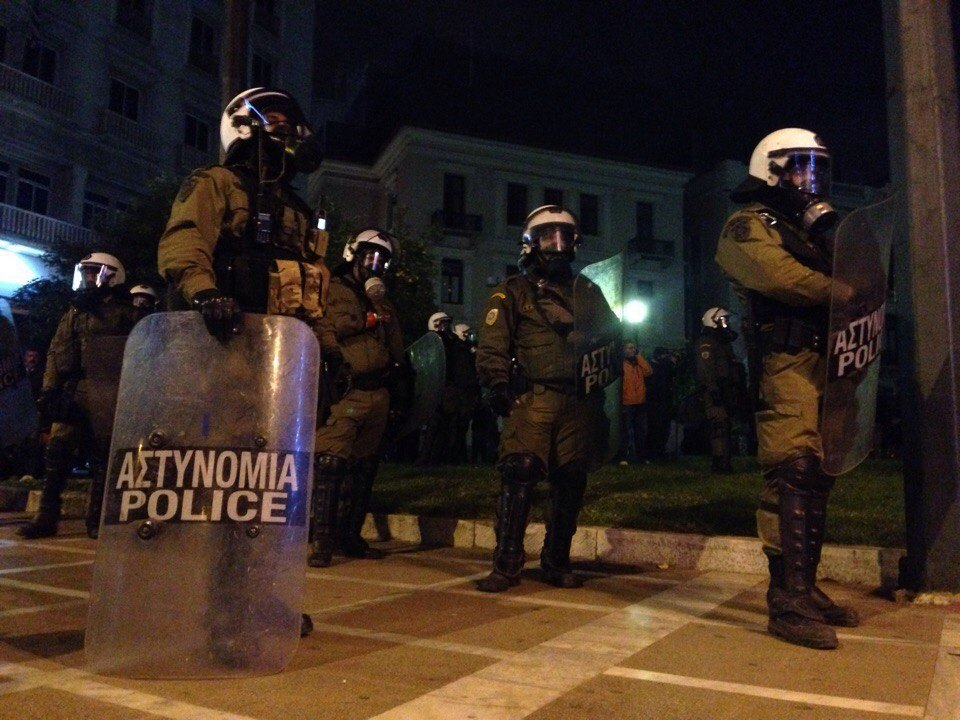 Слезоточивый газ, «молотовы» и марихуана: Репортаж с афинских протестов. Изображение № 1.