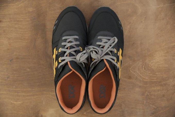 Совет: Как чистить кроссовки. Изображение № 8.