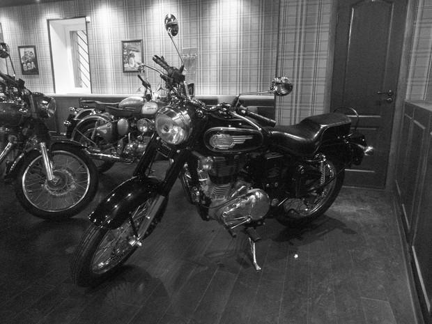 В Москве официально открылся салон мотоциклов Royal Enfield. Изображение № 20.