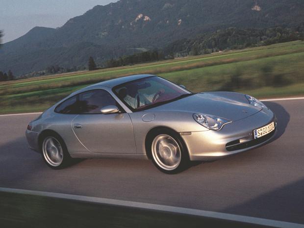 Новый Porsche 911 и эволюция его предшественников. Изображение №23.